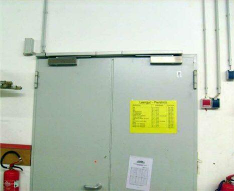 Feststellanlagen für Feuerschutz- Abschlüsse bestehen aus Haftmagnet